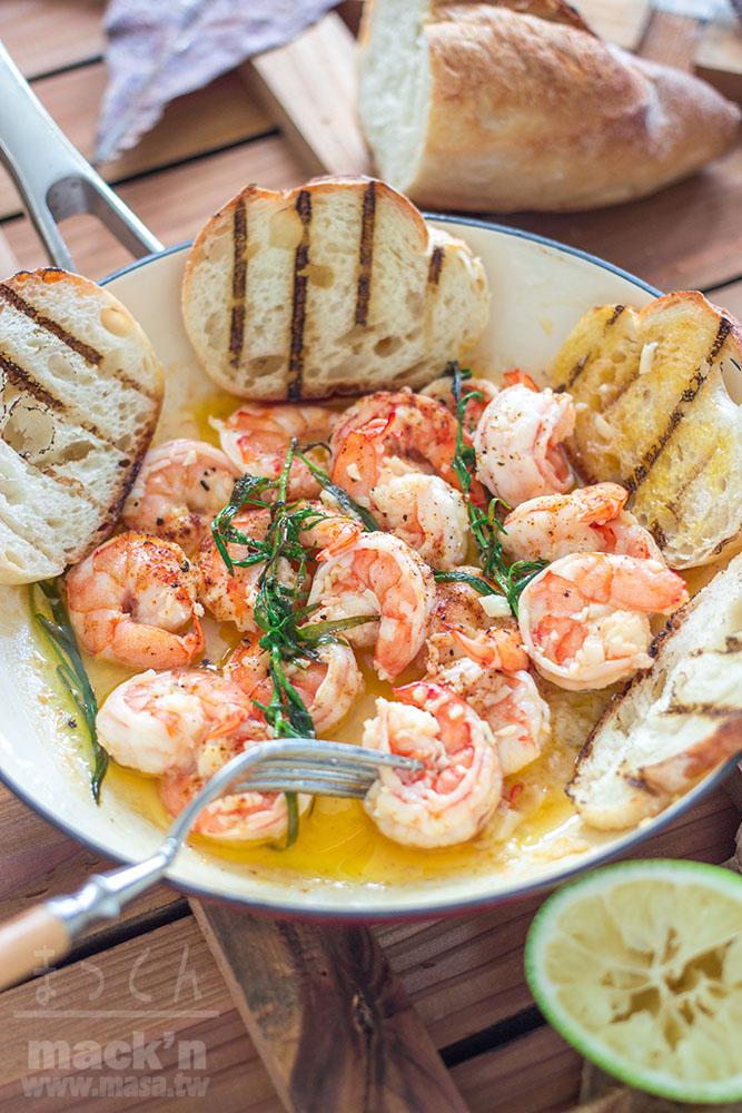 海鮮食譜,烤肉食譜-犯規蒜頭&奶油泡澡蝦子